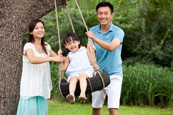 7 câu cha mẹ nên nói với con hằng ngày nếu muốn trẻ đi học đạt thành tích cao