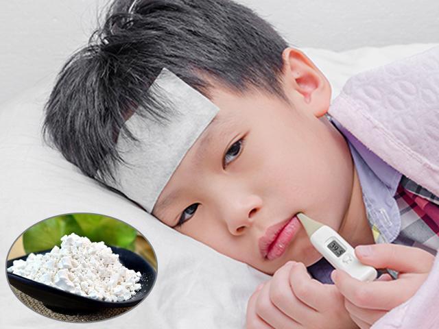 Cách hạ sốt cho trẻ sơ sinh đúng không dùng thuốc