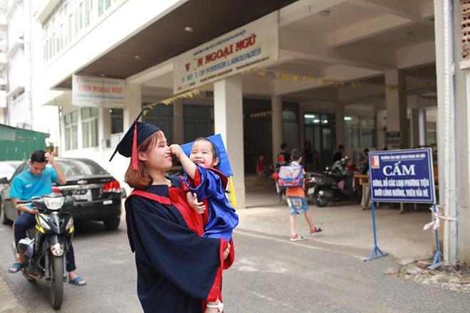 """sv bach khoa be con di tot nghiep: lam me don than sau cuoc hon nhan """"bac si bao cuoi"""" - 5"""