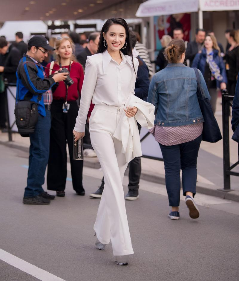 nha phuong chinh la thanh di giay cao got tai lhp cannes 2018 - 2