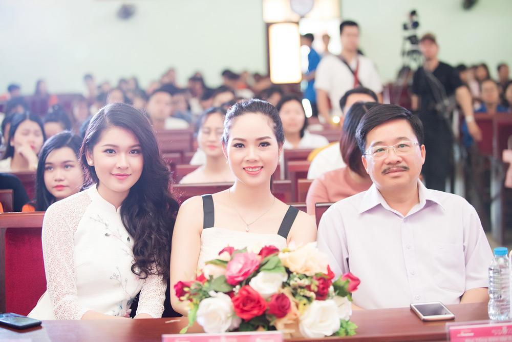 mai phuong - hoa hau viet nam dau tien vao top 15 the gioi, tai xuat sau 16 nam - 9