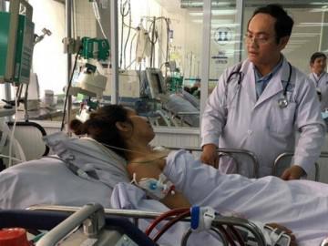 TP.HCM: Người mẹ đơn thân nuôi 3 con bất ngờ rơi vào hôn mê vì triệu chứng như… cảm cúm