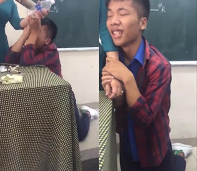 """nam sinh quy goi, khoc loc khi bi co giao thu dien thoai khien dan mang """"cuoi lan, cuoi bo"""" - 1"""