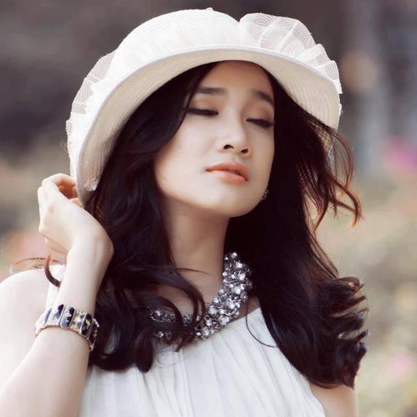 "hanh trinh lot xac ngoai hinh tu ""sen sam"" den ""sang chanh"" cua nha phuong - 1"