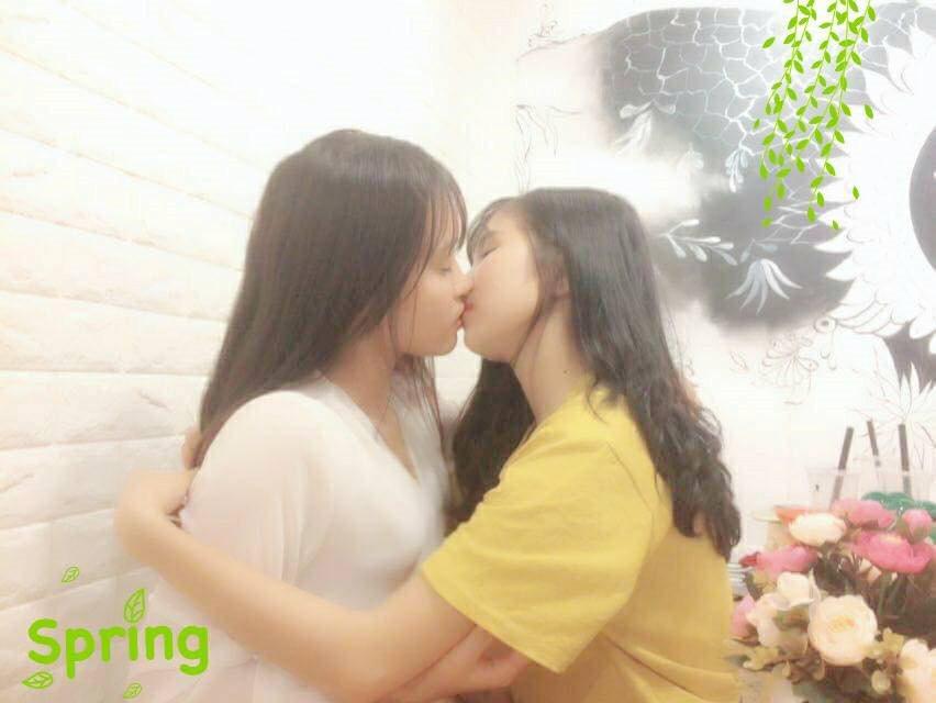 Nhan sắc xinh đẹp cặp đôi đồng tính nữ Hải Dương khiến phái nam