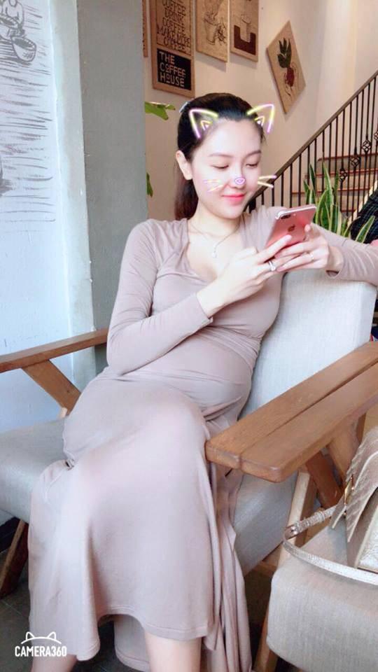 Ngọc Duyên khoe vóc dáng thon gọn đến bất ngờ bên cạnh con gái mới sinh - 4