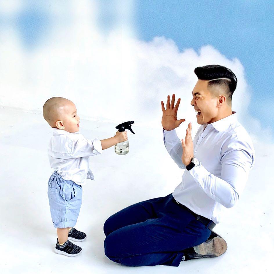 """""""hoang tu xiec"""" quoc co: """"toi khong the yeu nhung co gai binh thuong nen chon nguoi vo hien tai"""" - 6"""