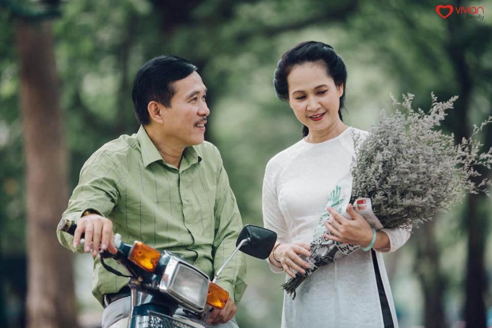 "nsnd lan huong va chuyen tinh 40 nam voi nguoi dan ong chua bao gio noi ""anh yeu em"" - 3"