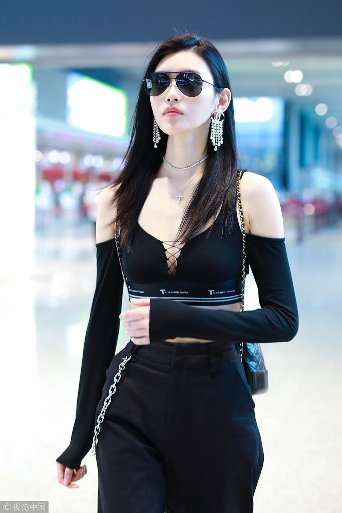 "ngoi sao 24/7: ghen ti voi hanh phuc cua ""vi tieu bao xau nhat man anh"" - 4"