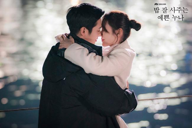 """chua xem 8 bo phim """"lam mua lam gio"""" nua dau nam 2018, khong the nhan la fan phim han! - 2"""