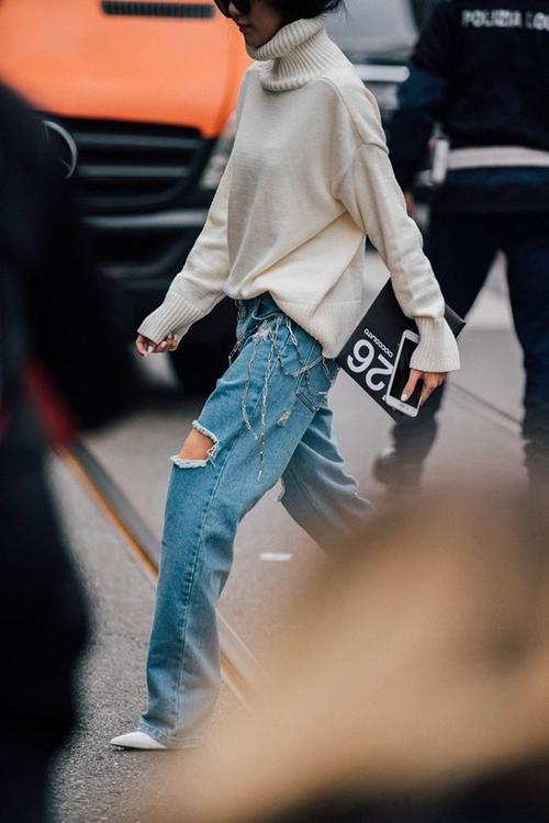 kiẻu quàn jeans vùa thoải mái lại khong lõi mót dang duọc lòng chị em - 13