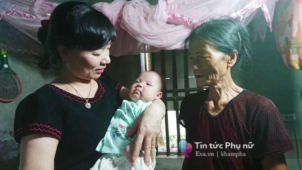 """tram cam sau sinh, ba me sinh cap trai gai xin xan van vo bung ngo ngan: """"da de dau"""" - 9"""