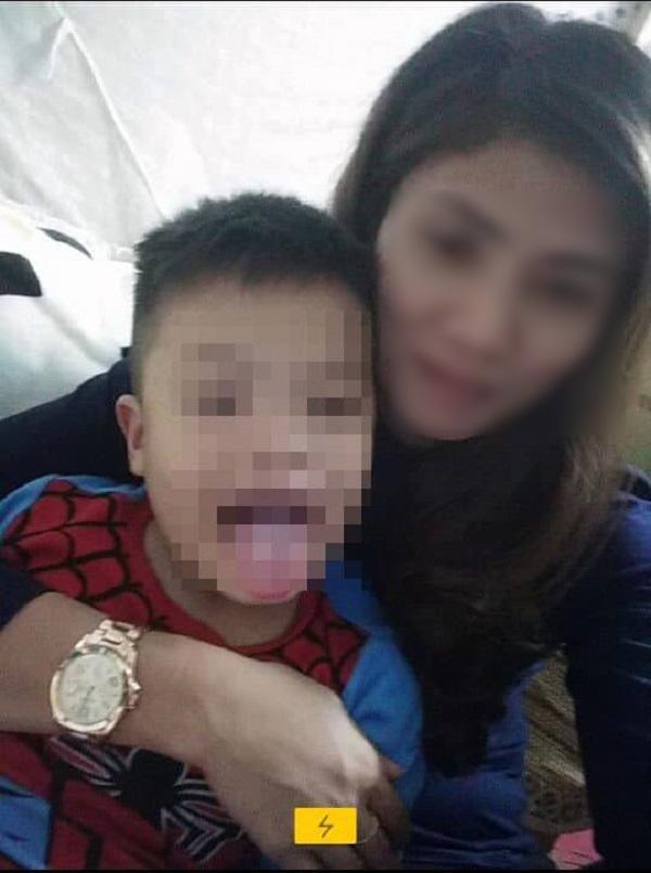 """Tin tức 24h: Người mẹ bị trao nhầm con rơi nước mắt tâm sự """"Mẹ mãi là mẹ của con"""" - 1"""