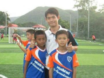 """Nhờ hoạt động này đội bóng Thái Lan đã thoát chết """"kỳ diệu"""" dù thiếu thức ăn nhiều ngày"""
