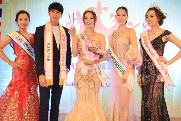 Hoa hậu Trái đất Thái Lan trao vương miện cho Tân Nữ hoàng sắc đẹp châu Á Vi Nhạn Ngọc - 5