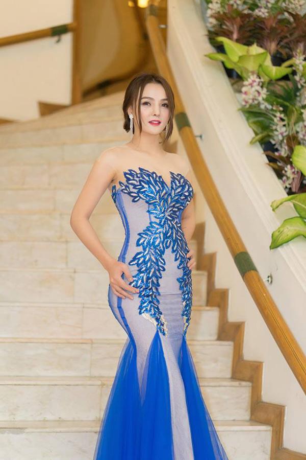 Hoa hậu Trái đất Thái Lan trao vương miện cho Tân Nữ hoàng sắc đẹp châu Á Vi Nhạn Ngọc - 8