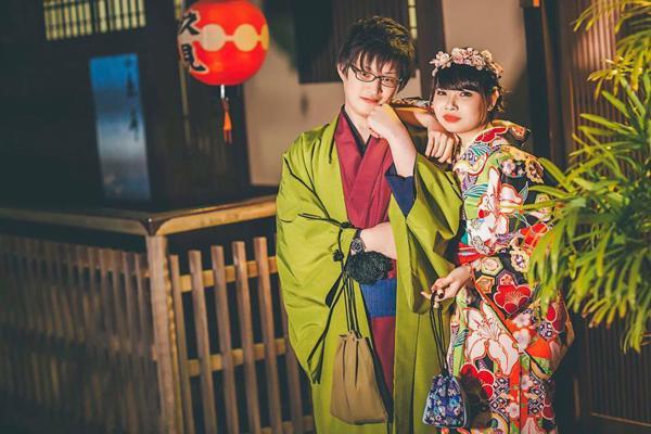 https://image.eva.vn/upload/3-2018/images/2018-07-28/sinh-con-o-nhat-me-duoc-phuc-vu-com-nhu-khach-san-bac-si-san-sang-quy-goi-noi-chuyen-1-1532759275-938-width600height400.jpg