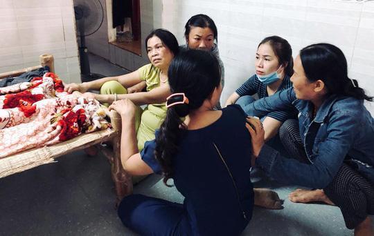 san phu cung thai nhi tu vong bat thuong sau khi mo noi soi cat u nang buong trung - 1
