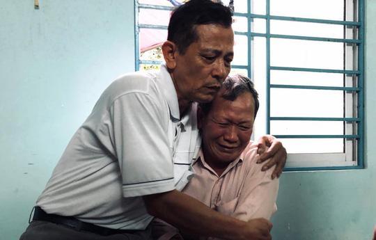 san phu cung thai nhi tu vong bat thuong sau khi mo noi soi cat u nang buong trung - 2