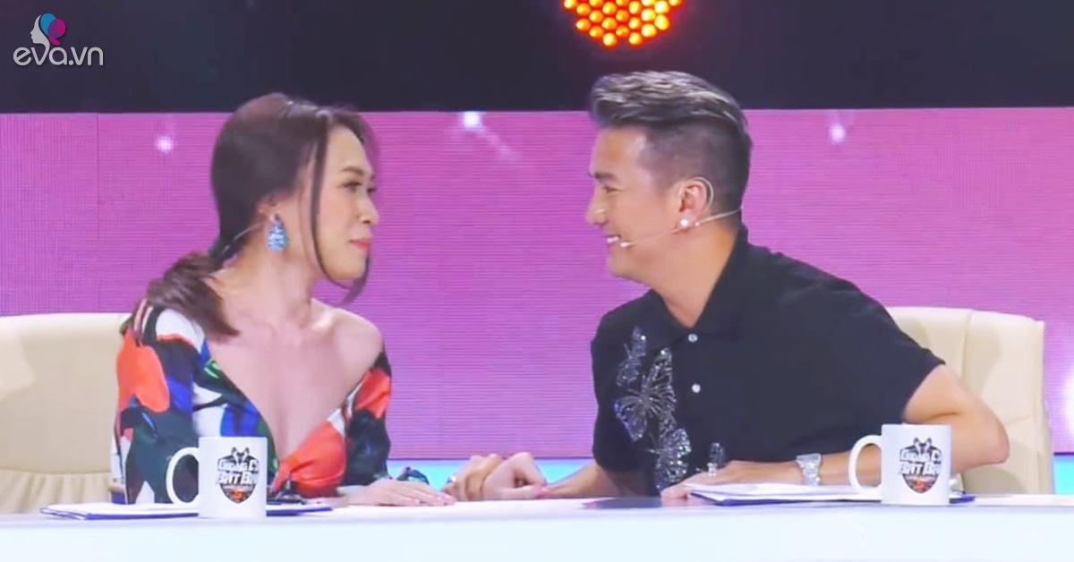 """Đàm Vĩnh Hưng giật tay Mỹ Tâm, ngập tràn hạnh phúc khi cô nói """"I love you so"""""""